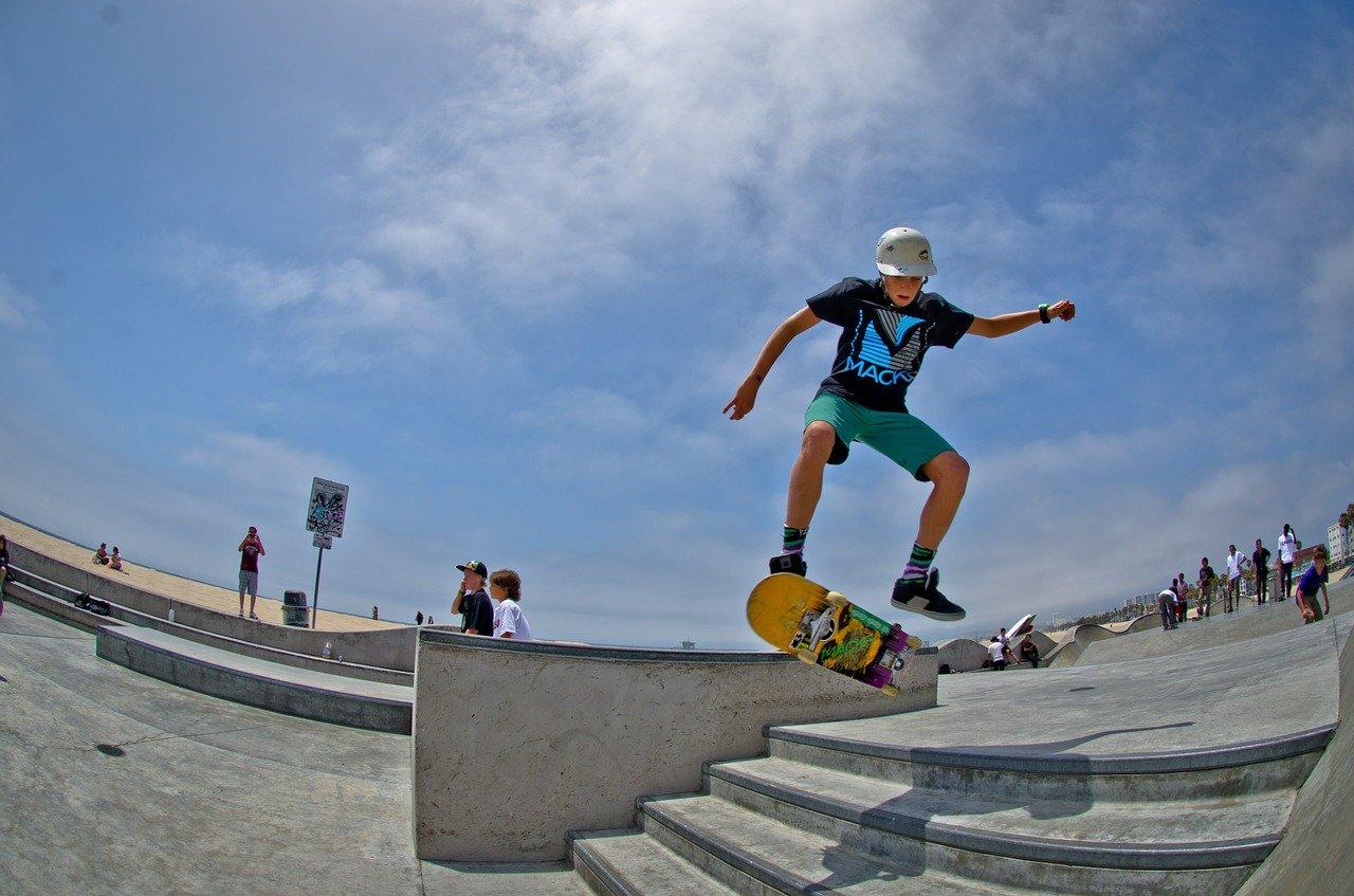 Kid on scateboard
